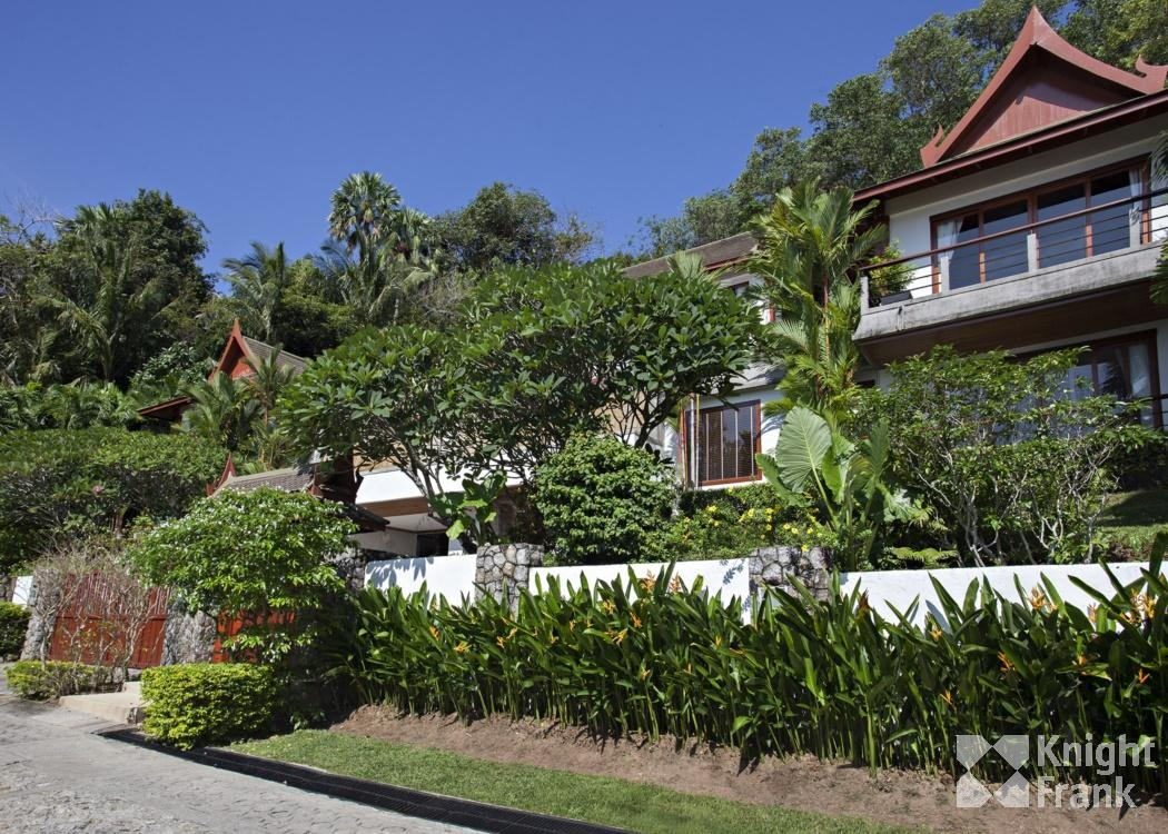 ขายบ้าน บ้านพักสไตล์ไทยศาลา 4 ห้องนอน หาดสุรินทร์ ภูเก็ต ขาย 50,000,000 บาท