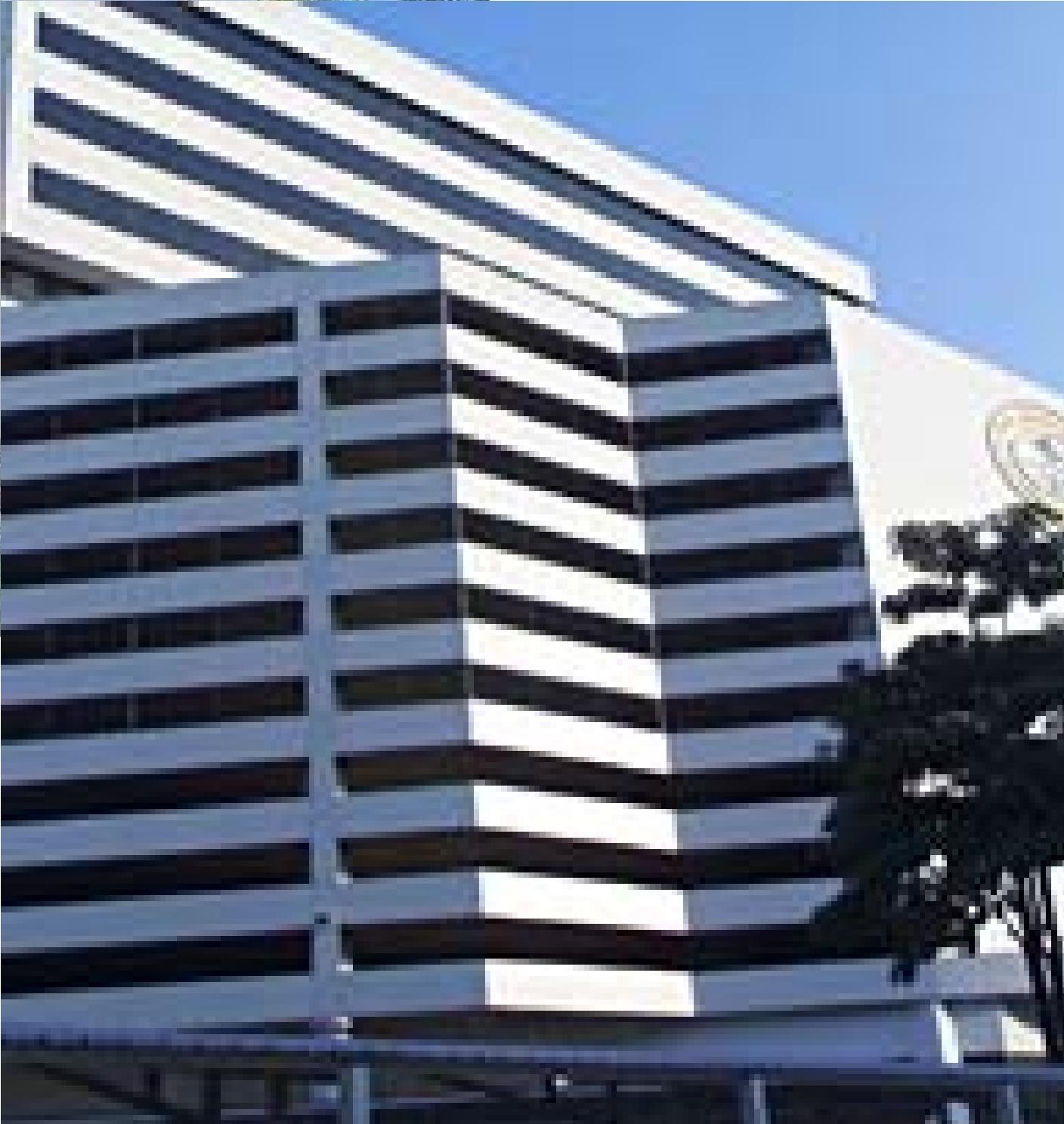 Rungrojthanakul Building