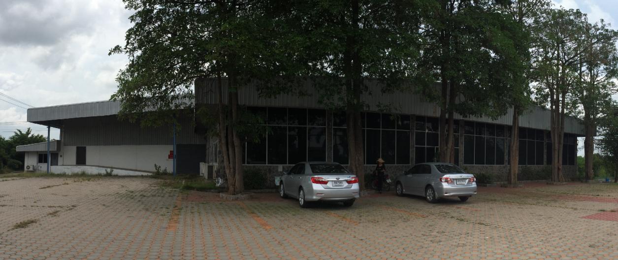 Factory Bangnamchiaw Sub-District, Promburi District