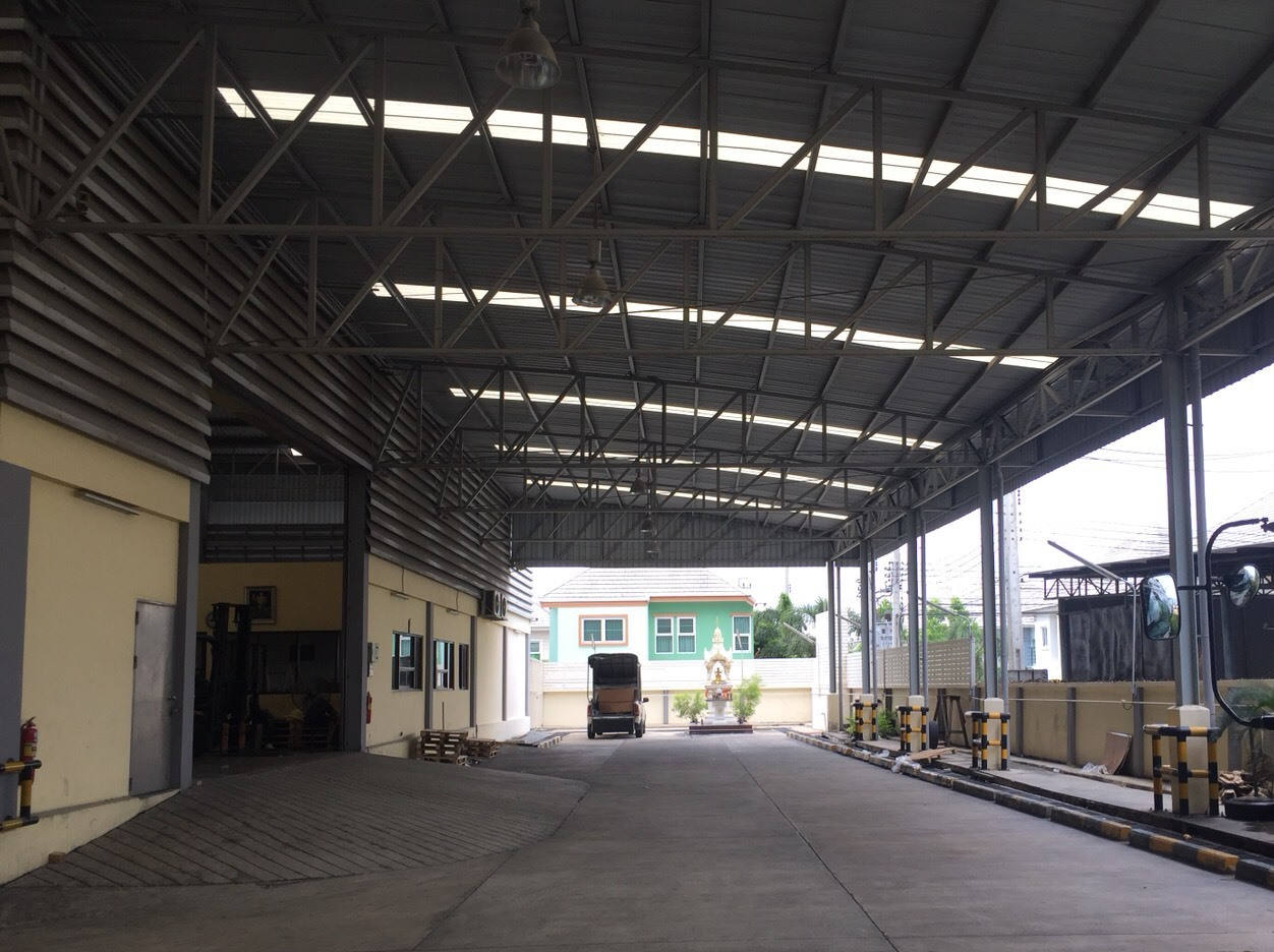 Warehouse Bangyai-Bangkoolud Road, Bang Yai District