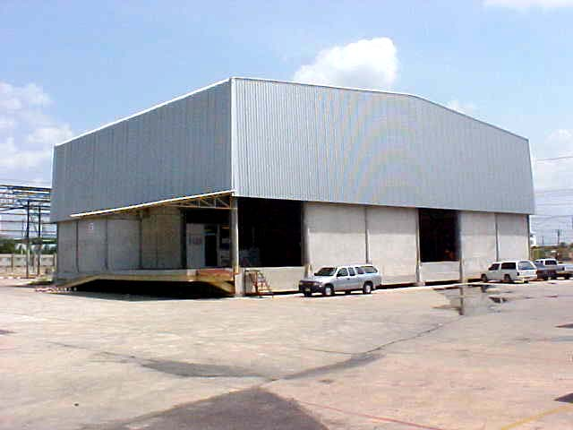 Warehouse at Kingkeaw Road, Rachatewa Sub-District, Bangplee District