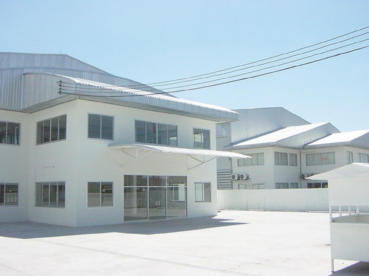 Warehouse Near Amata Nakorn Industrial Estate