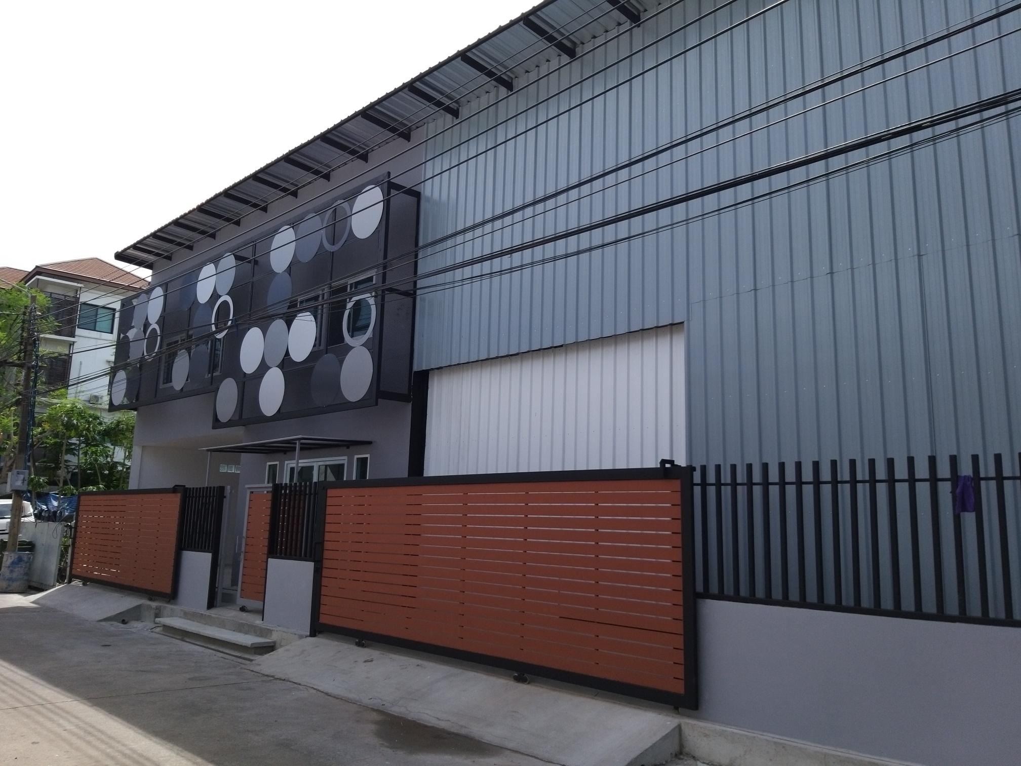 ให้เช่าโกดังพร้อมอาคารสำนักงาน ที่ซอยรามคำแหง กรุงเทพมหานคร