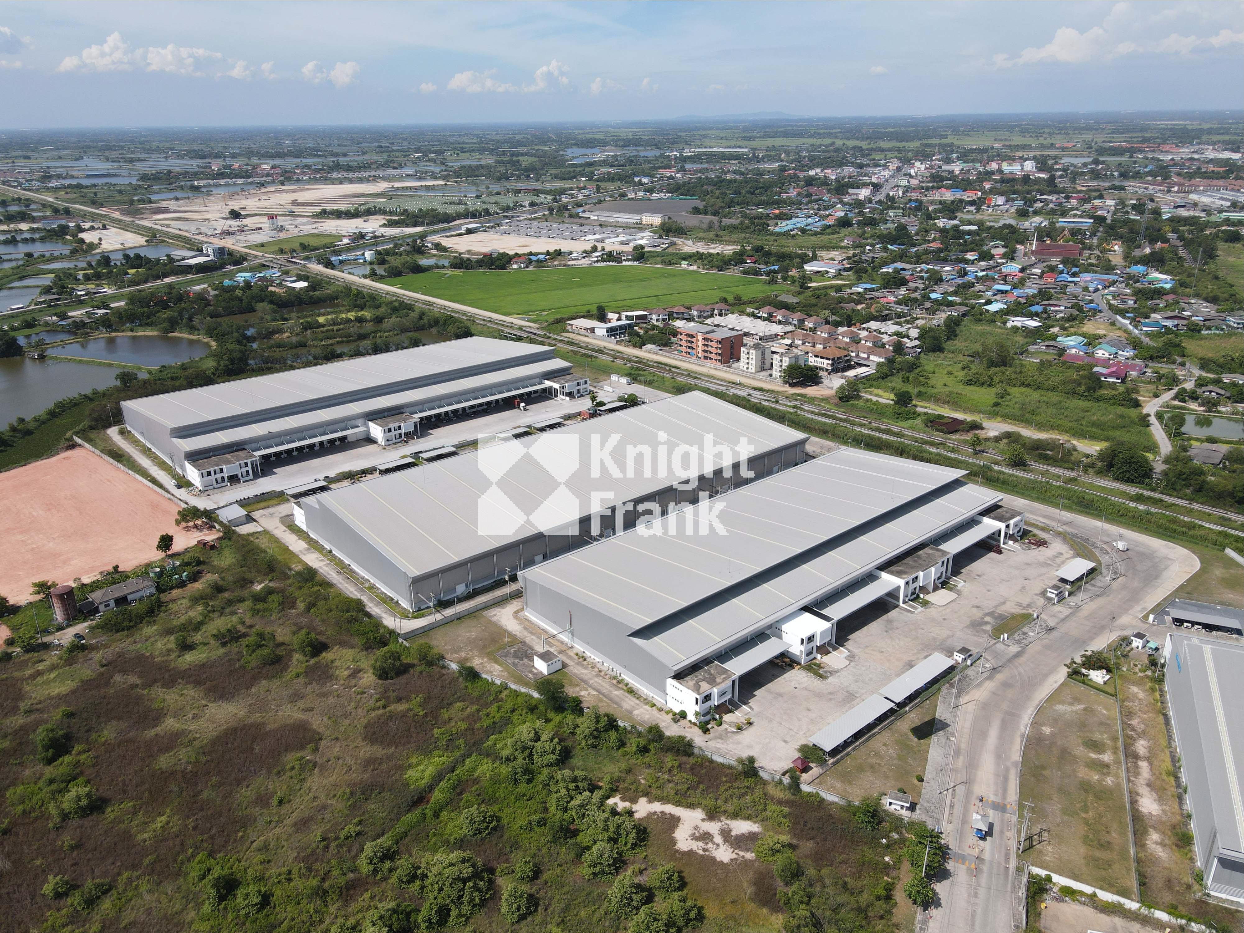 Warehouse Phan Thong District, close to Amata Nakorn Industrial Estate