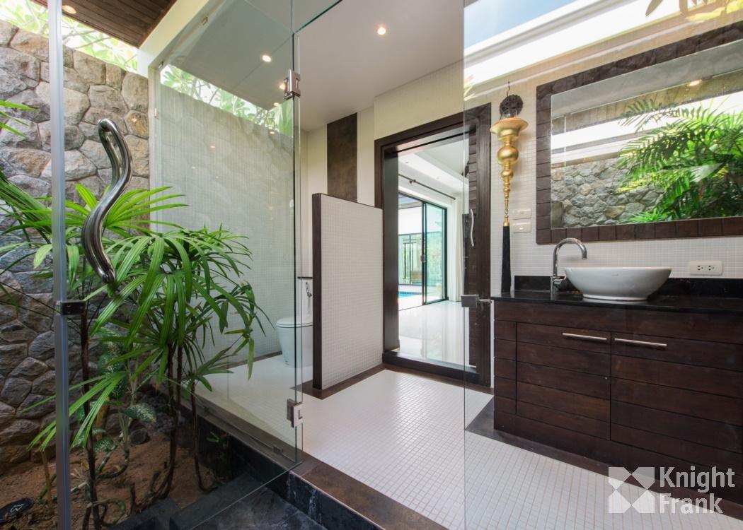 วิลล่า Thalang District พูลวิลล่า แบบ 3 ห้องนอน สไตล์ไทยบาหลี ที่ซอยโคกโตนด เชิงทะเล ภูเก็ต สำหรับขาย